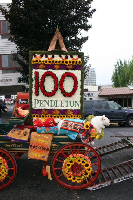 Wagon and pendleton blankets