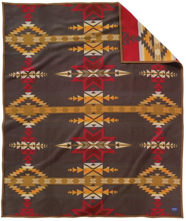 Gatekeeper Heritage Collection blanket by Pendleton.