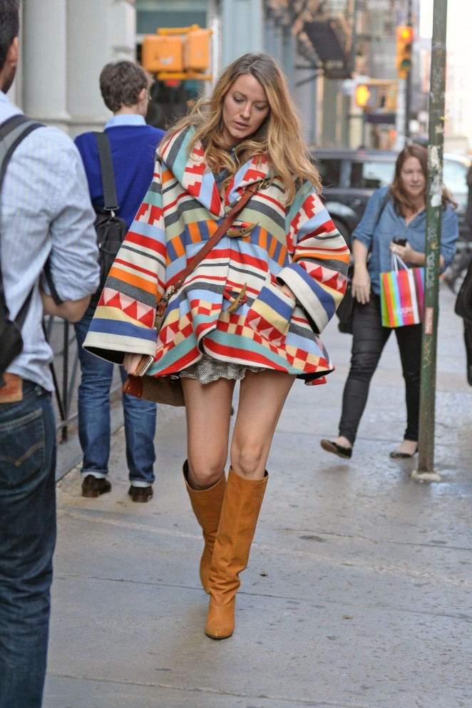 Blake-Lively-leggy-in-boots--wearing a Lindsey Thornburg cape made from a Pendleton Tamiami Trail blanket