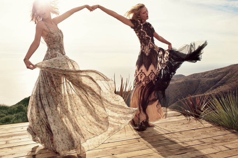 karlie-kloss-taylor-swift-vogue-march-2015-3