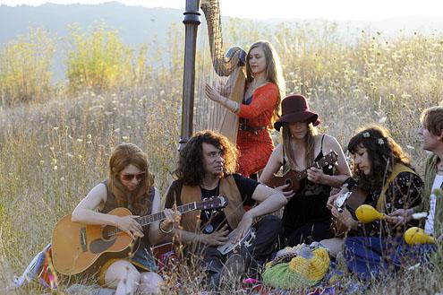portlandia-hippy picnic