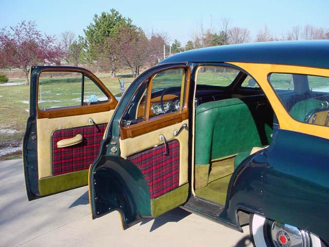 1948 Packard 8 Station Wagon Woodie Woody, doors open
