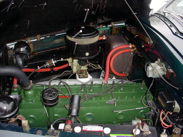 1948 Packard 8 Station Wagon Woodie Woody - engine shot
