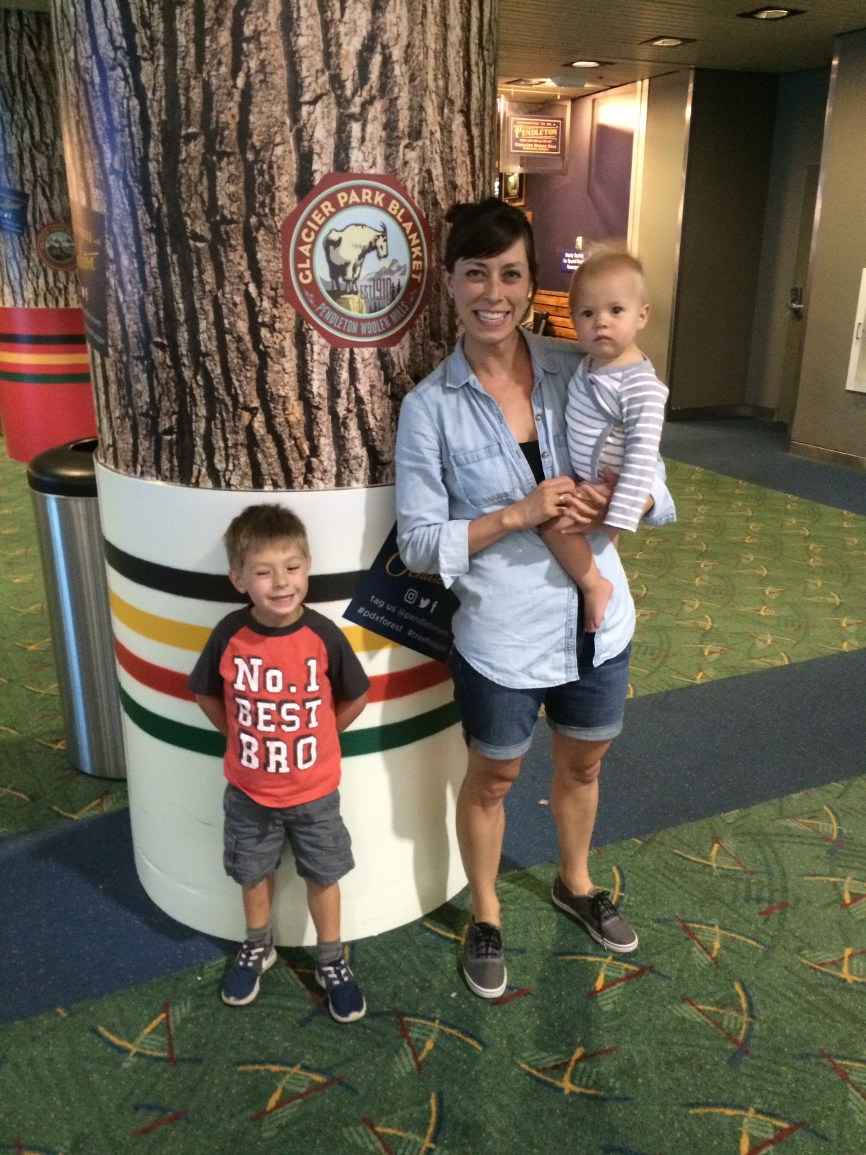 Another entry - mom and two kids by a column