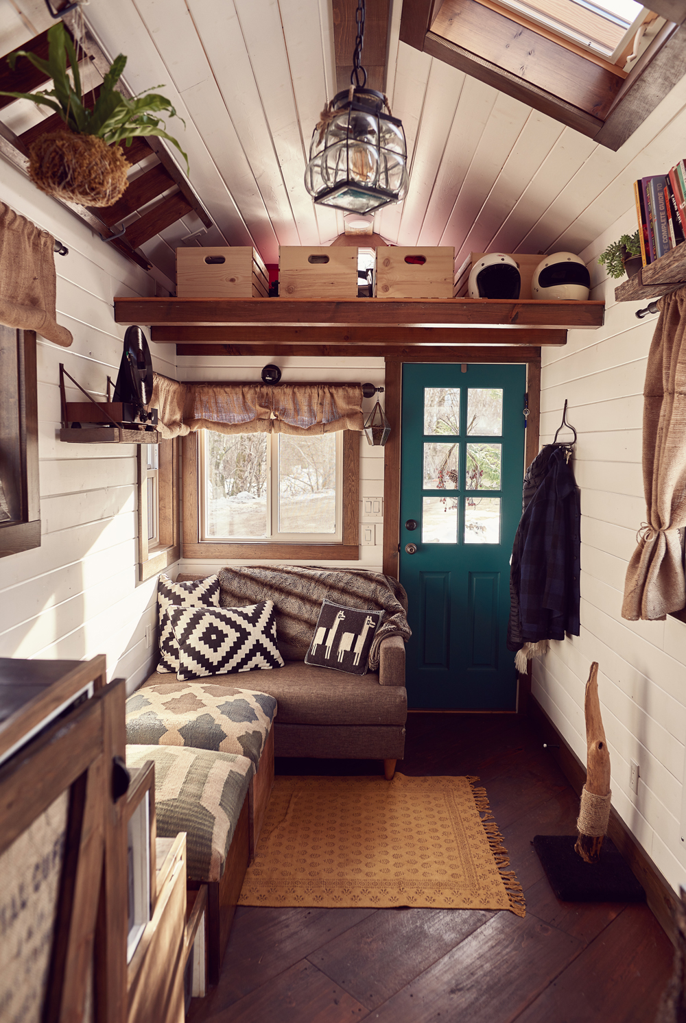 tamara_jaswal: Tiny home interior