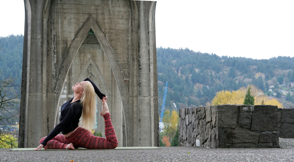 Jessica Lindsey of Edge Movement Arts, posing near the St. Johns Bridge in Portland, Oregon in Pendleton athleisure wear.