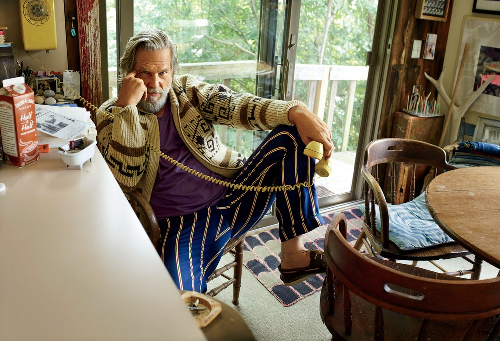 Jeff Bridges in his kitchen, from GQ.com