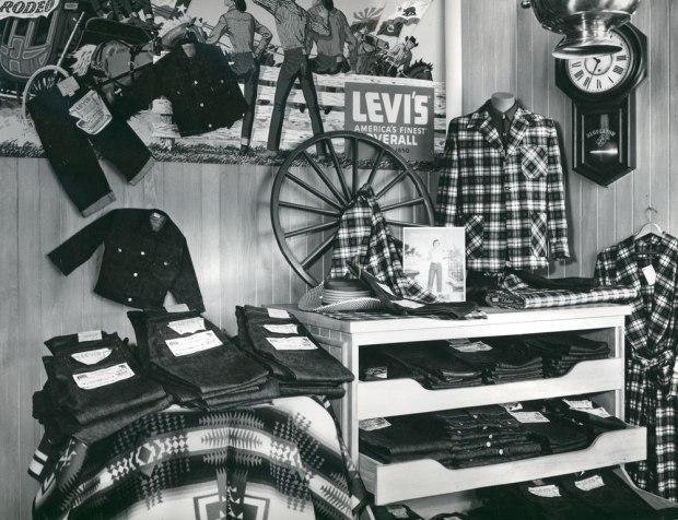 store-display