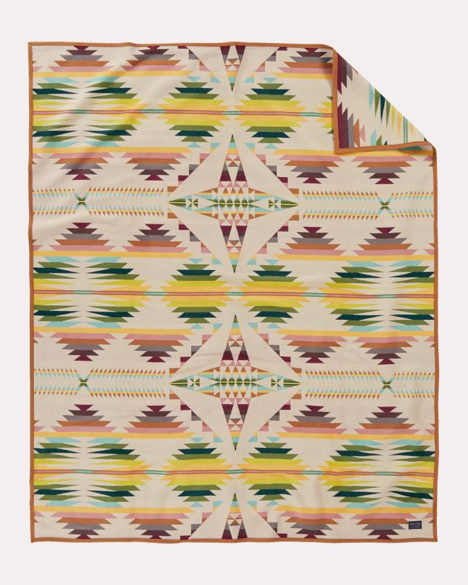 The Falcon Cove blanket b Pendleton