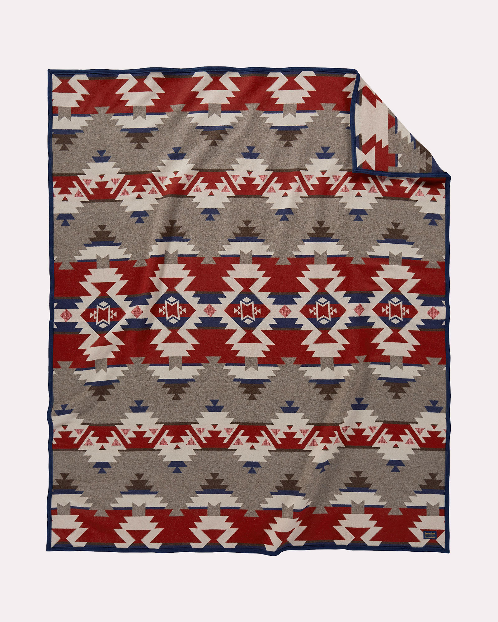 The Pendleton Mountain Majesty blanket.
