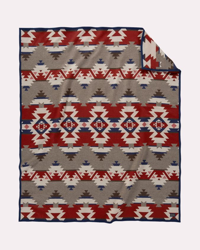 The Pendleton Mountain Majesty blanket.