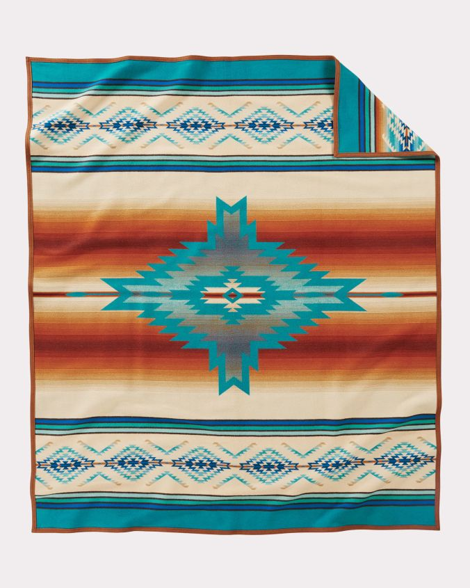 Reverse of the Pendleton Pagosa Springs blankets.