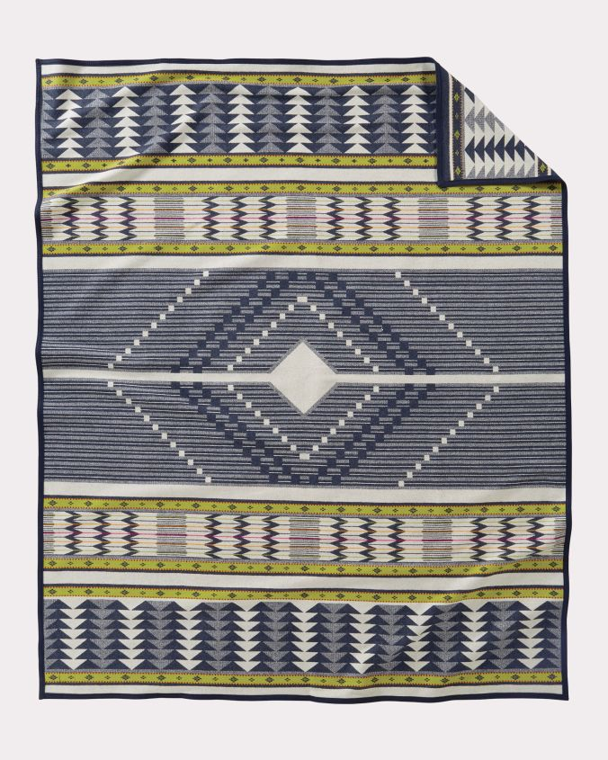 The back of the Pendleton Spirit Seeker blanket.
