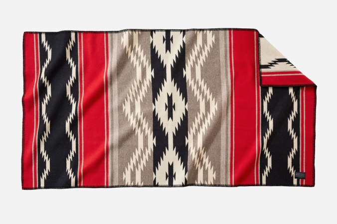 The Pendleton Water saddle blanket, special edition