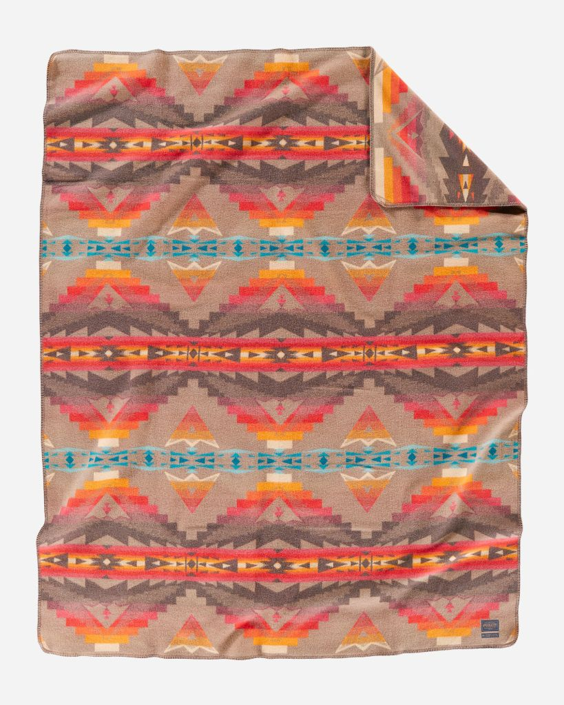 Sierra Ridge Craftsman Collection blanket by Pendleton